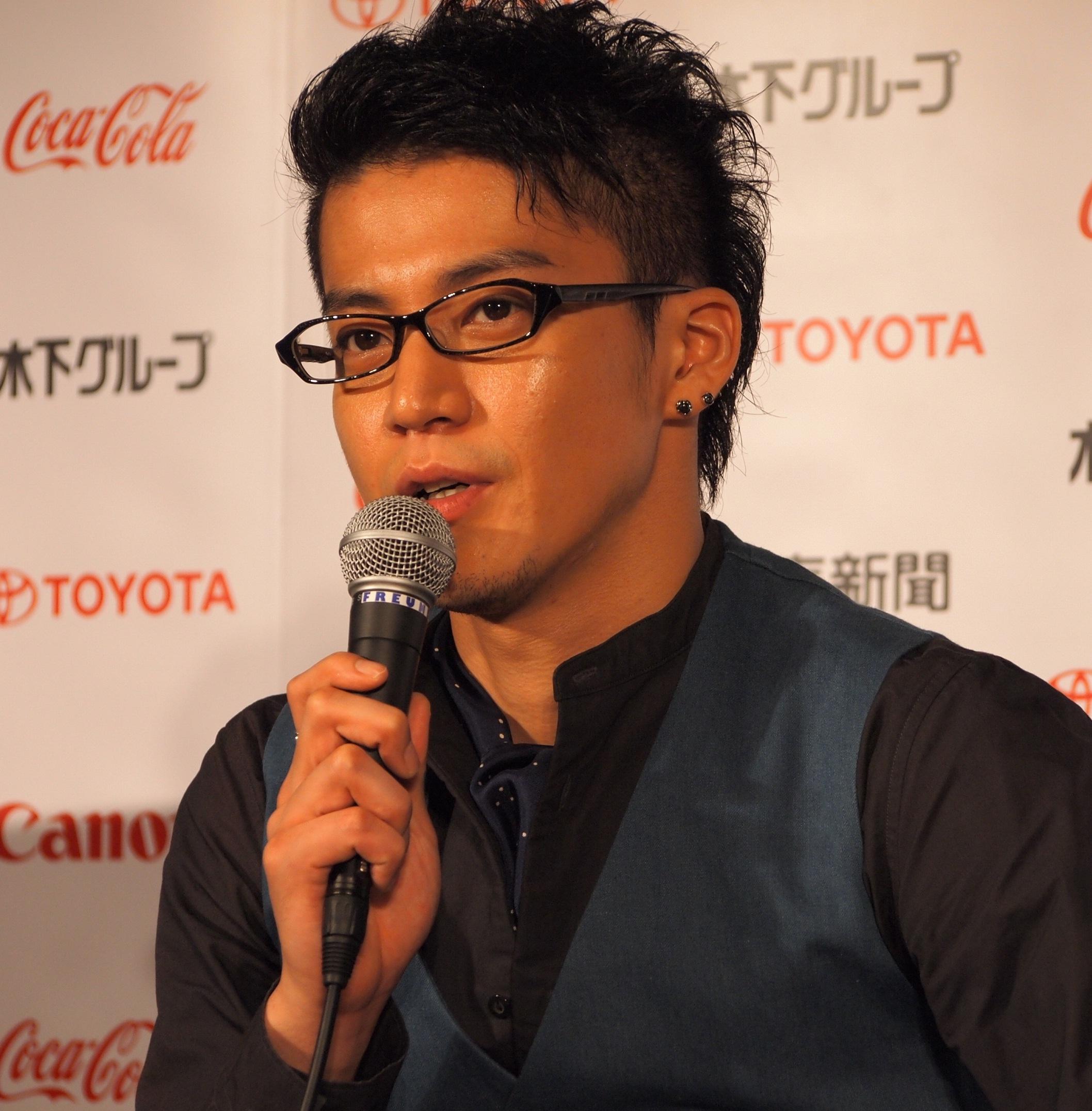 最新のヘアスタイル 最新髪型メンズ ツーブロック : Shun Oguri