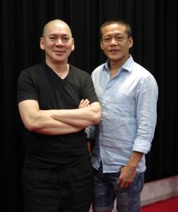 蔡監督(左)と李康生
