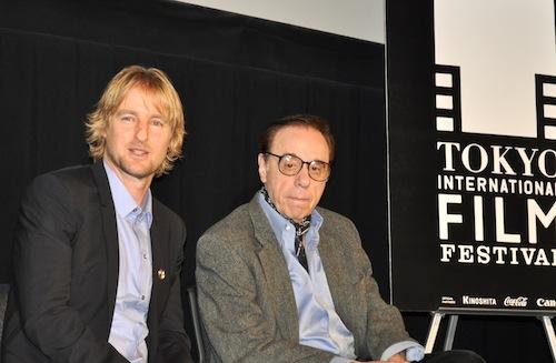 オーウェン・ウィルソン(左)とピーター・ボグダノヴィッチ監督